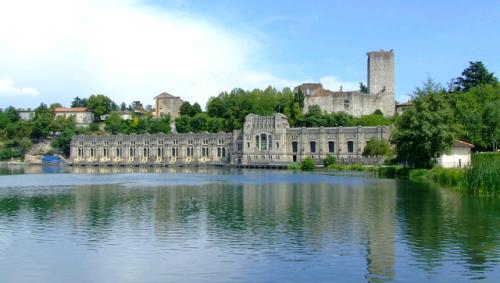lantica-Centrale-idroelettrica-Taccani-a-Trezzo-sullAdda-in-Provincia-di-Milano