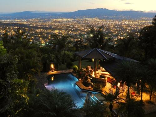 75-giorni-solo-con-le-Rinnovabili-Costa-Rica-da-Record