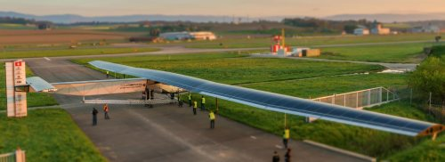 solar-impulse-2-first-sunbath-tilt-shift